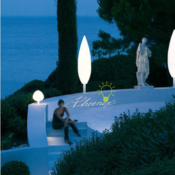Tree Outdoor Floor Lamps (large) - Tree is a family of outdoor lamps for ambient illumination. The organic shape is contrasted by the materials, alllowing Tree to blend in and stand out at the same time.