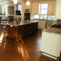 by Floridian Design Custom Cabinetry