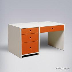 ducduc alex desk - Top has optional dry erase board.
