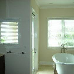 Coastal Contemporary - Parkland Wood blinds from Hunter Douglas