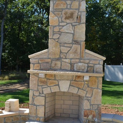 Building Stone - Always wonder how you can liven up your backyard patio? Do so with an outdoor fireplace made with South Bay Building Stone! Share with your friends who love spending time out on the patio. | Frederick, MD | Irwin Stone