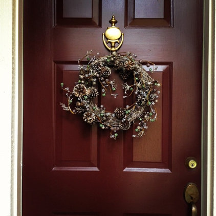 25 Bedecked Entryways by Houzzers