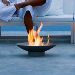 Gandia Blasco - Gandia Blasco Brasero Firepit - The Brasero Firepit is made of stainless steel. It is recommended to use denatured alcohol because it has a clean and clear flame and does not produce residues nor smoke when burning. Maximum capacity recommended is 3/4 gallons. Manufacture by Gandia Blasco in Spain. Price includes shipping to the USA.