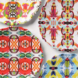 Kaleidobug Melamine Plate - If I had space in my cupboards, this is the melamine set I'd want to own. The bold pattern looks bohemian chic.