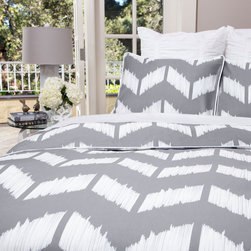 Crane & Canopy - Addison Gray SIGNATURE Duvet Cover - King/Cal King - A unique perspective on the chevron pattern. A beautiful cool gray�chevron bedding�set. Up close, the Addison bedding is an artistic expression of femininity and art with its sketched herringbone pattern. From afar, the gray chevrons are sophisticated and distinct.