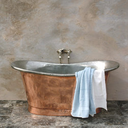 Copper Spaces - Our Copper Bateau (Petite) with a Hand Tinned interior and highly polished exterior. We replicate original antique copper tubs in modern lead free copper sheet. Each tub is hand crafted smooth and the copper is fully polished and clear lacquered.