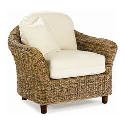 WickerParadise - Seagrass Chair - Tangiers - Create a serene space where you can unwind. This sea grass chair is ideal for a relaxed living room or sunroom. The beautiful texture and color variation of the honey weave give this chair a casual and inviting look.