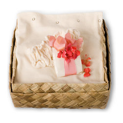 """Gilden Tree - Luxurious Spa Set - Cream Velour - For about the price of an hour at the spa, you can help create a morning """"retreat"""" for your special someone, with our professional quality spa wrap, headband, and half pound of deeply-moisturizing Spa Soaks."""