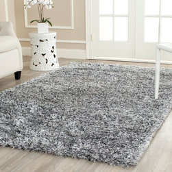 Safavieh - Safavieh Handmade Malibu Silver Shag Rug (6' x 9') - Make your floor sparkle with this fun and stylish silver shag area rug. This handsome rug is a luxuriously full one-inch thick to feel soft and plush beneath your toes and is crafted from premium materials for long-lasting beauty and performance.
