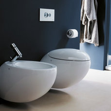 Modern Toilets by Montreal-Les-Bains