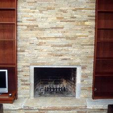 Quartzite-Ledgestone-Fireplace.jpg