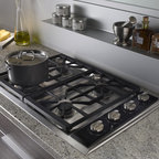 "Wolf 30"" Gas Cooktop, Classic Stainless Liquid Propane 