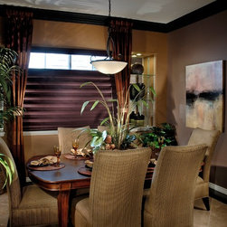 Custom Roman Shades / Blinds - CUSTOM ROMAN SHADES ONLINE - www.ddccustomwindowfashions.com -Design your own custom roman shades / roman blinds & side panels for your home with your choice of over 2000 distinctive fabrics, modern styles, and multiple options.