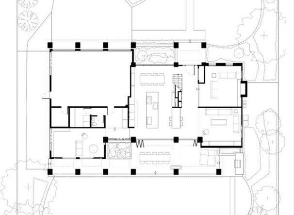 Contemporary Floor Plan Houzz Tour: From Potential Tear-Down to Family-Friendly Contemporary