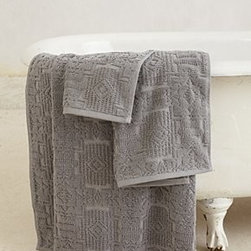 "Anthropologie - Lassen Quilted Towel - By PendletonCottonHand washWashcloth: 13"" squareHand towel: 30""L, 18""WBath towel: 58""L, 30""WImported"