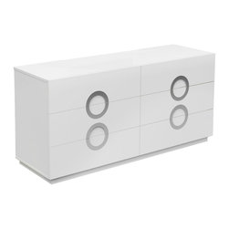 White Line Imports - Eddy Double Dresser in High Gloss White - Clean design, highlighted with High Gloss White finish and spacious storage space make the Eddy double dresser an indispensable part of any modern bedroom. The dresser offers 6 drawers for your bedroom essentials with stainless steel handles and Full Extension hardware.