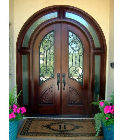 Traditional Front Doors by Mahogany de Honduras