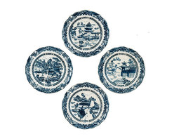 Oriental Danny - Blue and White Blue Willow Plates, Set of 4 - Set of 4 Blue and white blue willow plate. Great for wall hanging or display. Decoration only. Price is for the set of 4.