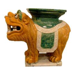 Chinese Foo Dog Garden Seat - Here's a unique piece — a foo dog garden stool.