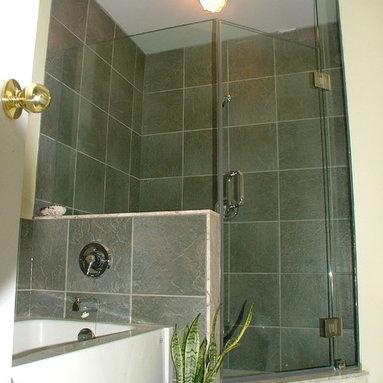 Custom Shower enclosure - neo angle with adjacent tub
