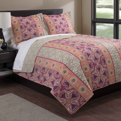 None - Bohemian Orange/Purple Floral 3-piece Quilt Set - The super soft, luxurious bohemian quilt mini set is the perfect choice to dress your bed. Made of 100-percent polyester, this set features a floral pattern in an orange and purple finish.