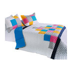 Blancho Bedding - [Pure Heaven] Cotton 3PC Vermicelli-Quilted Patchwork Quilt Set Full/Queen Size - The [Pure Heaven] Quilt Set (Full/Queen Size) includes a quilt and two quilted shams. This pretty quilt set is handmade and some quilting may be slightly curved. The pretty handmade quilt set make a stunning and warm gift for you and a loved one! For convenience, all bedding components are machine washable on cold in the gentle cycle and can be dried on low heat and will last for years. Intricate vermicelli quilting provides a rich surface texture. This vermicelli-quilted quilt set will refresh your bedroom decor instantly, create a cozy and inviting atmosphere and is sure to transform the look of your bedroom or guest room. (Dimensions: Full/Queen quilt: 90.5 inches x 90.5 inches Standard sham: 24 inches x 33.8 inches)