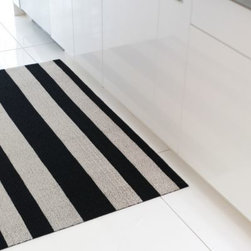 Bold Stripe Shag Indoor / Outdoor Mat by Chilewich -
