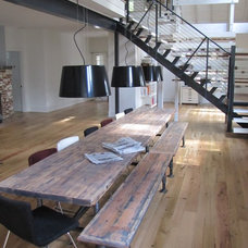 Contemporary Dining Tables by mcmeubel