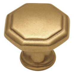 Hickory Hardware - Conquest Lustre Brass Cabinet Knob - Bridges contemporary and traditional design.  Offering a deep rooted sense of history in some, with an updated feel and cleaner lines.