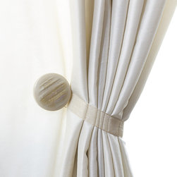 Magnaclips - Curtain Clips, Tiebacks, or Holdbacks | Set of 2 | Gem Collection, Sand - Give your living area a sense of style that will be hard not to notice. This sophisticated curtain tieback will subtly enhance your decor without being audacious. You will be able to install your curtain holdbacks with ease since there is no parts to assemble and no tools are required for the installation. All tiebacks are sold in pairs.