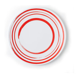 Q Squared NYC - Round Plate Madison Bloom - Brush Circles, Red, 11 Inches - Breezy brush-stroked circles make this plate perfect for spicing up your casual dining. Made of highest quality melamine, it's lightweight and easy care, so it's ideal for everyday use.