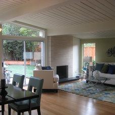 Modern Living Room by Bay Area Designs - Jennifer Lee