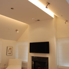 Contemporary  by BANKS RAMOS Architectural Lighting Design