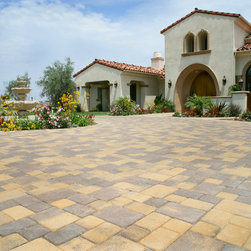 Bella Vista Antique Cobble Interlocking Pavers - The Bella Vista Antique Cobble interlocking concrete paver has the nostalgic appeal of old world cobblestone. The pillowed look of this concrete paver style from RCP Block & Brick provides a clean, smooth symmetry to your patio, driveway, walkway, or pathway.