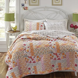 None - Kate Spain Daydream 3-piece Cotton Quilt Set - The nature-inspired Daydream quilt set is constructed from 100-percent pure cotton and is the perfect addition to your bedroom decor. The quilt and shams feature a patchwork design of colorful hummingbirds,flowers and geometric shapes.