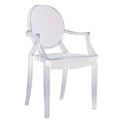 Fine Mod Imports - Clear Arm Chair - In spite of the evanescent and crystalline impression, strong resistant to blows, scratch-proof and weatherproof; as many as six pieces can be piled up. With a strongly charismatic character and outstanding aesthetic appeal, this chair fits perfectly into every home or public area with elegance and irony.