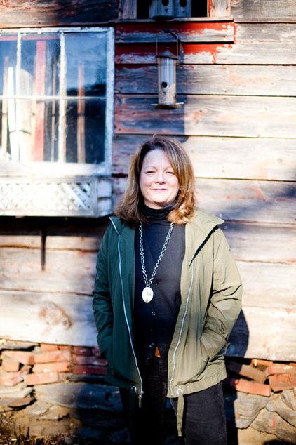 Farmhouse  by Tess Fine