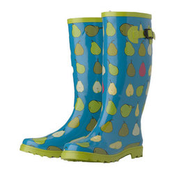 Gardener's Wellies - You can protect most of your body with an apron, but a good pair of rubber wellies will keep your feet dry too. They are especially useful in wet climates. These wellies are comfortable enough for all-day wear and stylish enough to appease your tastes.