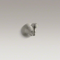 KOHLER - KOHLER Devonshire(R) robe hook - With a striking combination of curves and lines reminiscent of old-world design, Devonshire accessories provide distinctive visual impact for bath and powder rooms. A stylish finishing touch to your bathing space, this robe hook coordinates perfectly with