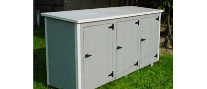 Outdoor storage shed for trash cans | SLP
