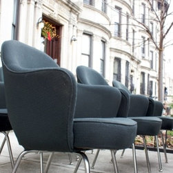 Eero Saarinen for Knoll Armchairs - For sale is a set of six authentic Eero Saarinen for Knoll Executive Office Chairs, on tubular chrome legs. $3500 for the set of six, $2400 for four, or $625 each.