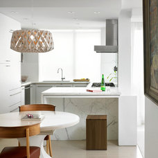 Contemporary Kitchen by Jill Greaves Design