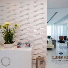 Contemporary Entry by Klugmann Media Architectural Photography