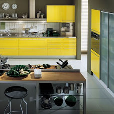 Contemporary Kitchen by ladimoradesign.com