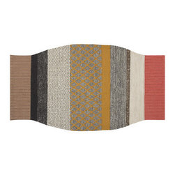 Gandia Blasco - Gandia Blasco Mangas Campana Rug - Cozy and elegantly woven, this handmade rug is like a sweater for your floor. Masterfully crafted from 100 percent new wool, the pleasing colors of this uniquely shaped rug will add calm sophistication to your decor.