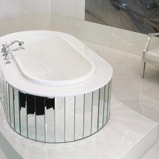 Modern Bathtubs by Montreal-Les-Bains