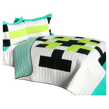 Blancho Bedding - [Tetris - C] Cotton Vermicelli-Quilted Patchwork Geometric Quilt Set-Queen - The [Tetris - C] Cotton Vermicelli-Quilted Patchwork Geometric Quilt Set-Queen includes a quilt and two quilted shams. This pretty quilt set is handmade and some quilting may be slightly curved. The pretty handmade quilt set make a stunning and warm gift for you and a loved one! For convenience, all bedding components are machine washable on cold in the gentle cycle and can be dried on low heat and will last for years. Intricate vermicelli quilting provides a rich surface texture. This vermicelli-quilted quilt set will refresh your bedroom decor instantly, create a cozy and inviting atmosphere and is sure to transform the look of your bedroom or guest room. (Dimensions: Full/Queen quilt: 90.5 inches x 90.5 inches; Standard sham: 24 inches x 33.8 inches)