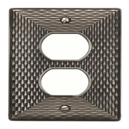 Atlas Homewares - Atlas Manpop-Brn Mandalay Single Outlet Switch Plate Nickel - Atlas Manpop-Brn Mandalay Single Outlet Switch Plate Nickel