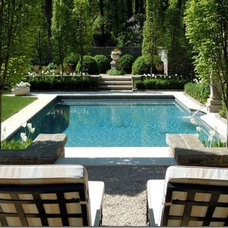 Pool & Outdoor Areas