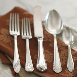 Vintage Silverware by the Pound - I love to use my husband's grandmother's silver on my Thanksgiving table, but if I didn't have those heirloom pieces, I would be creating my own set by purchasing this vintage silverware.
